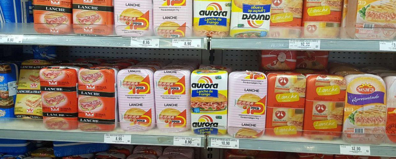Procon Jaboatão fiscaliza supermercado Assaí, em Cajueiro Seco